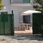 Villetta piano terra con veranda esterna in baia verde (rif. Dragone)